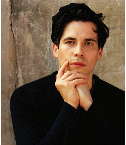 Rob James-Collier door Bruce Weber, Vogue Germany 2013