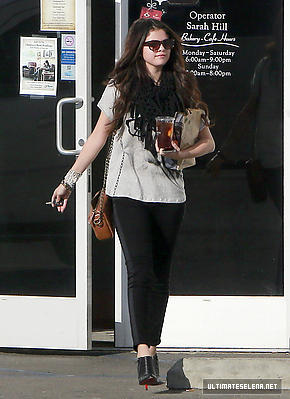 Selena Out In Encino