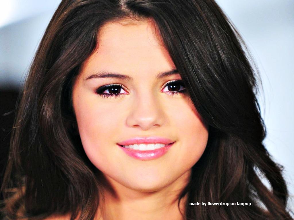 Selena Wallpaper - Sel...
