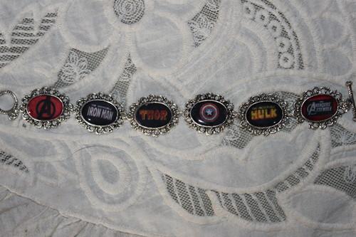 THE AVENGERS logos bracelet
