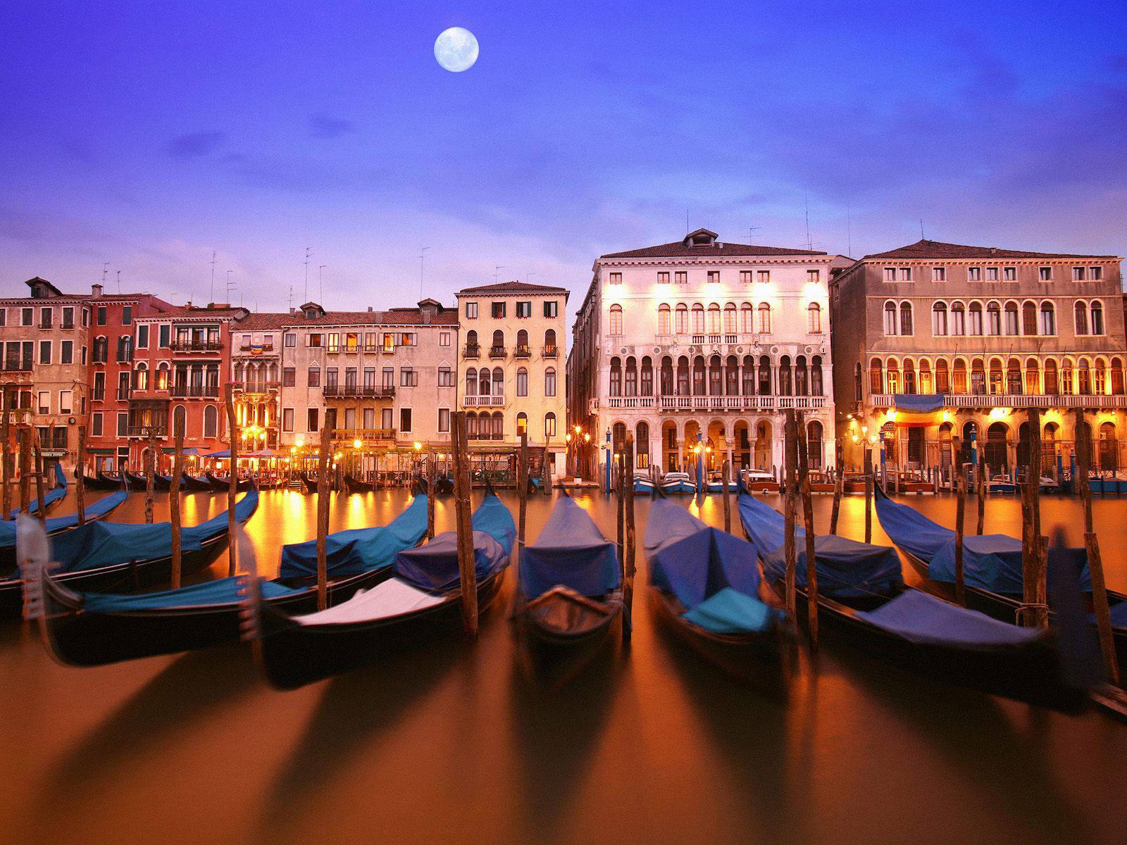 Сегодня мы совершим фото-путешествие по Италии - стране захватывающих