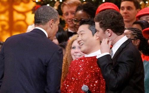 USA President Obama & PSY ~  Washington DC (Dec 10th 2012)