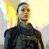 Uhura - 별, 스타 Trek into Darkness