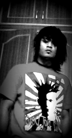 emo-boys-hairstyles-ankurbhatta