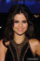 luv - selena-gomez photo