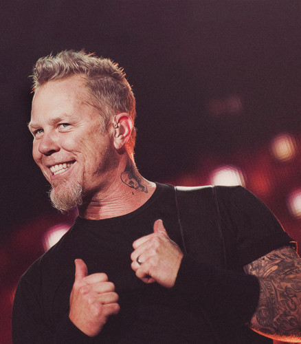 James Hetfield hình nền containing a buổi hòa nhạc entitled thumbs up