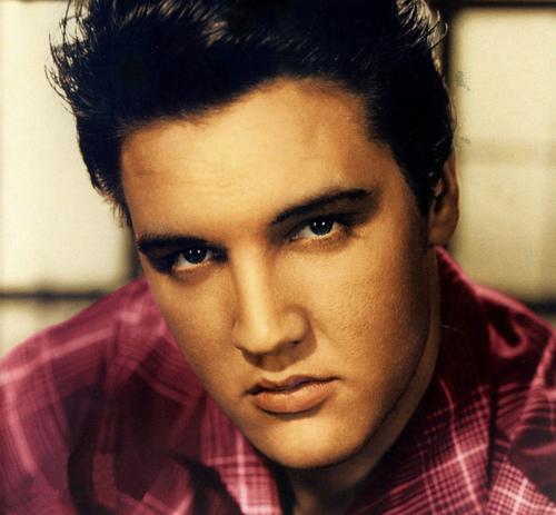 ★ Elvis ☆