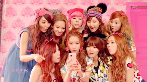 ♥SNSD - Dancing queen MV♥