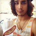 Avan & Friends - avan-jogia photo