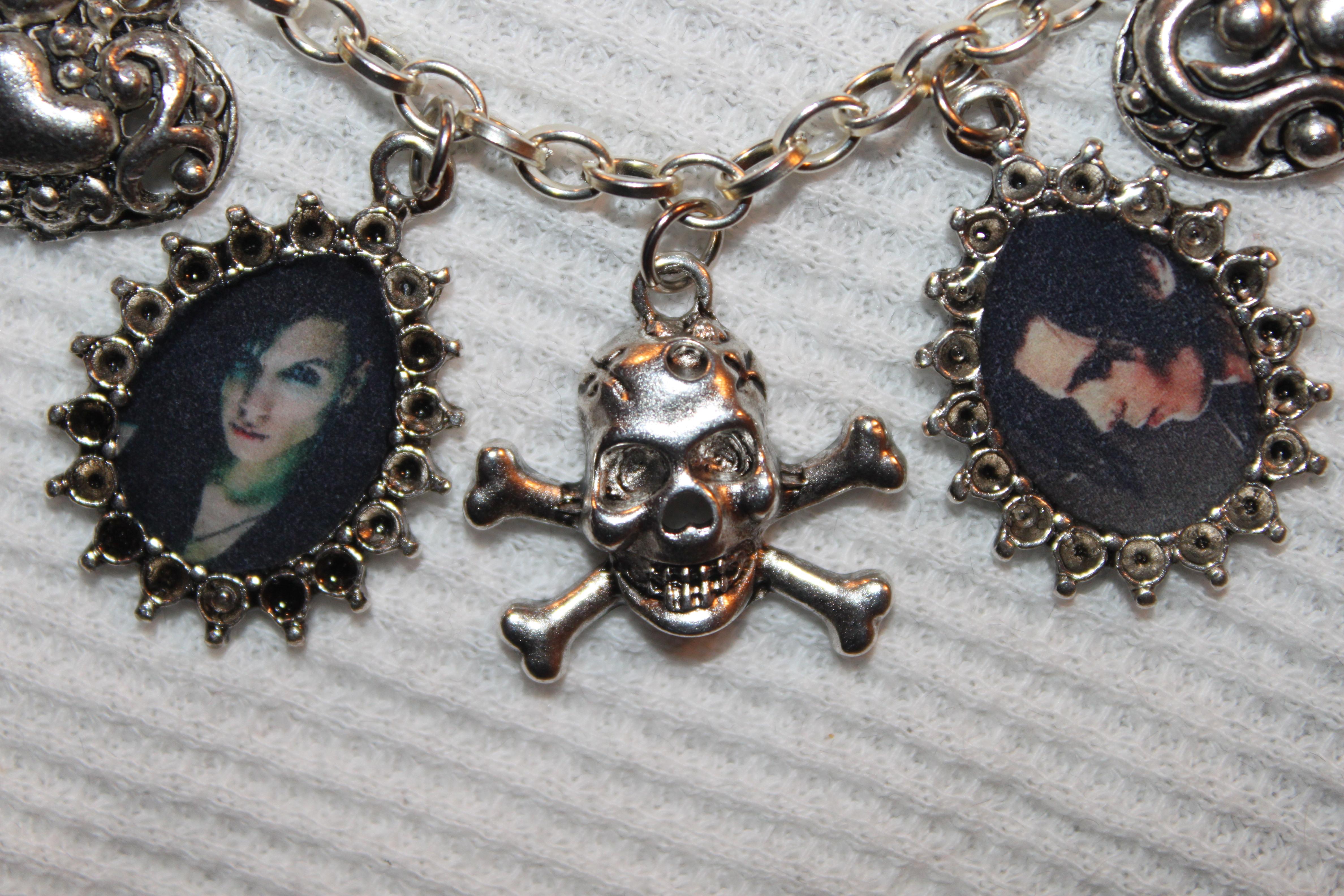 Bvb Charm Bracelet And Earrings Art 33115635