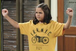 Bailee Madison wallpaper with a jersey entitled Bailee as Maxine in Wizards of Waverly Place