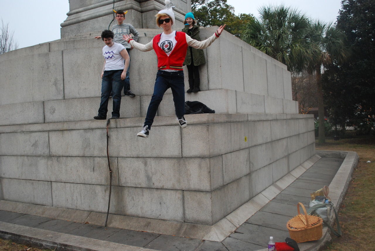 Dave looks swag, jumping off statues like a boss