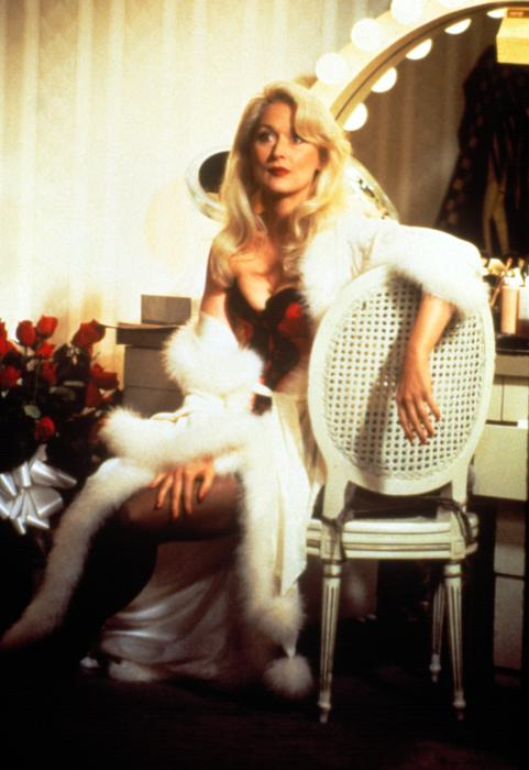 death becomes her - photo #10