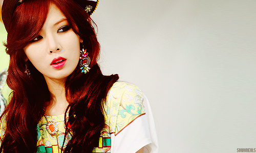 kpop 4ever wallpaper possibly containing a portrait entitled Hyuna