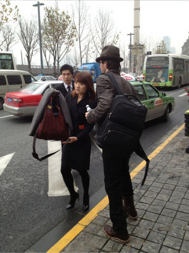 IAN leaving shanghai 29 DEC 2012
