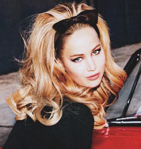 Jennifer Lawrence hình nền possibly containing a portrait titled Jen