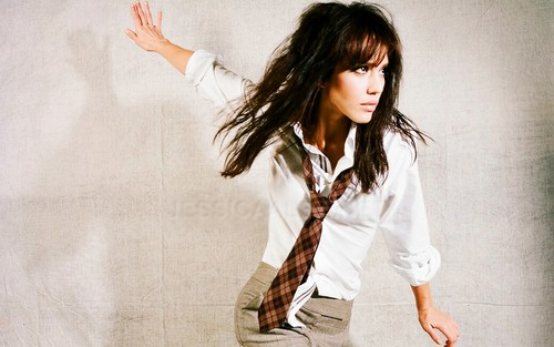 jessica alba wallpaper possibly containing a well dressed person and a portrait called Jessica