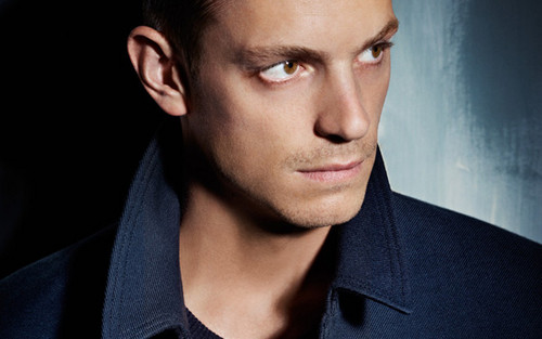 Joel Kinnaman fond d'écran probably with a portrait entitled Joel Kinnaman