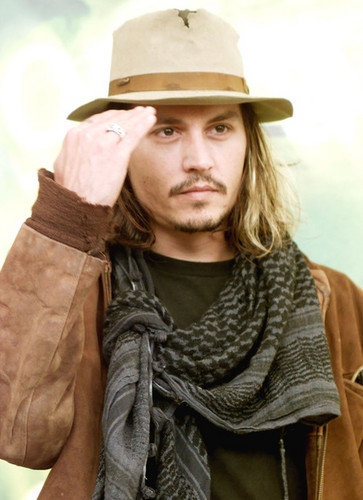 Johnny Depp wallpaper possibly containing a fedora, a boater, and a dress hat titled Johnny<3