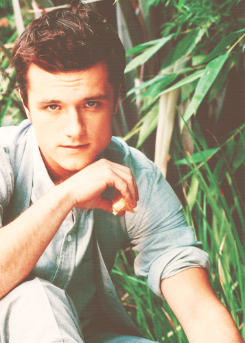 Josh Hutcherson wallpaper titled Josh