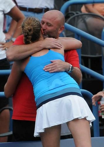 Kvitova Kiss with coach