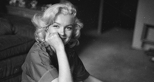 Marilyn Monroe photographed oleh Milton Greene, 1953