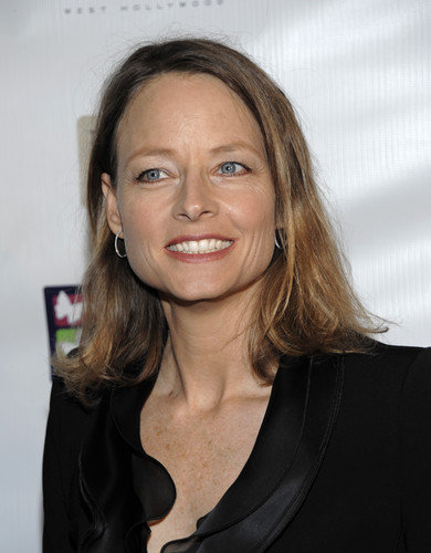 Jodie Foster fond d'écran containing a portrait called Mending Kids International Celebrity Poker Tournament