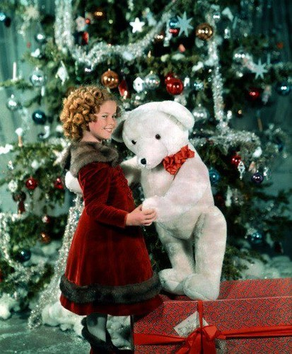 Merry giáng sinh to ALL những người hâm mộ from Shirley Temple