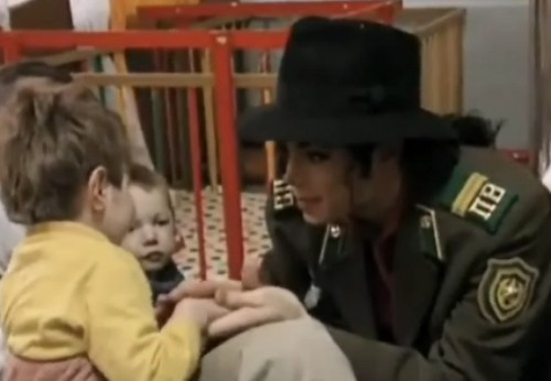 Michael Jackson in Moscow orphanage