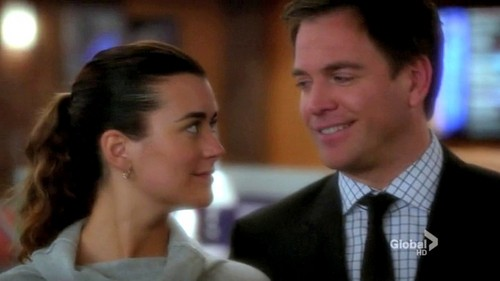 "NCIS S10E09 ""Devil's Trifecta"""