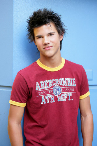 Taylor Lautner fond d'écran containing a jersey entitled New HQs from Rena Durham photoshoot