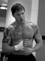Sexy Tom Hardy :)