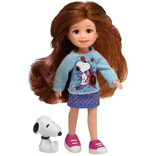 史努比 and the doll