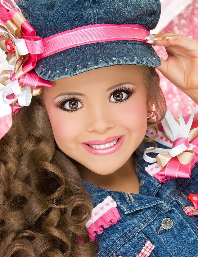 child beauty peageants This is a video that i made to show the other side of child beauty pageants people make music videos in youtube about these beauty queens when they are on.