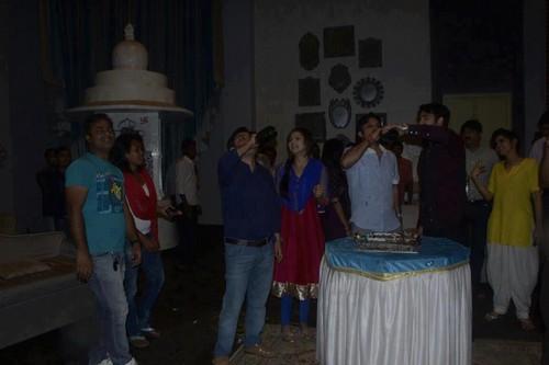 Madhubala- ek ishq ek junoon images TRP celebration on set of Madhubala HD wallpaper and background photos