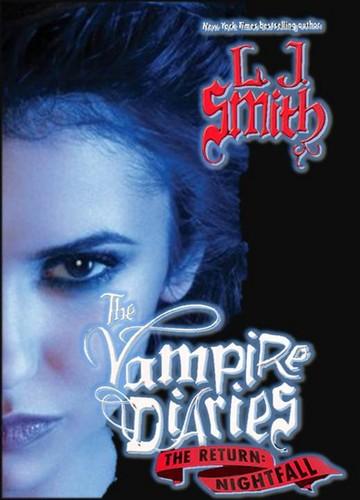 The Vampire Diaries Novels: Elena cover
