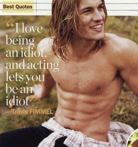 Travis Fimmel Vikings actor & calvin klein model