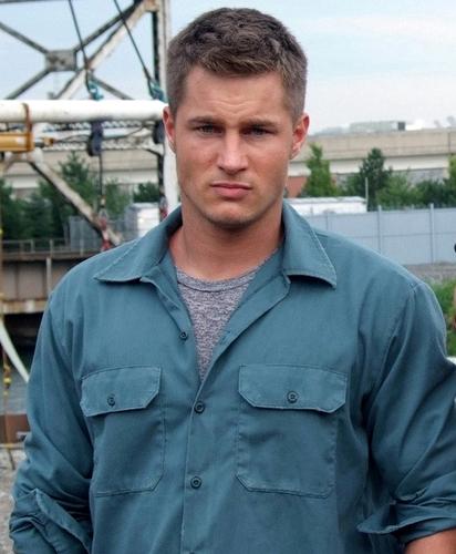 Travis Fimmel actor on movie set