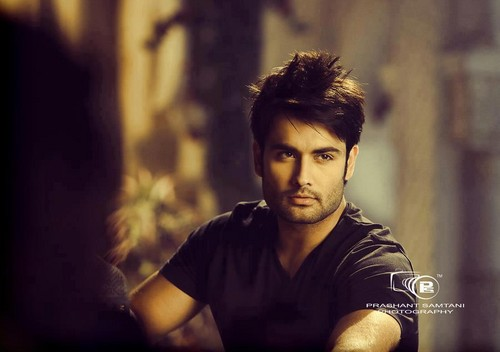 Vivian Dsena wallpaper probably with a portrait entitled Vivian Dsena