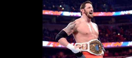 Wade Barrett is crowned new Inter.Champion on Raw