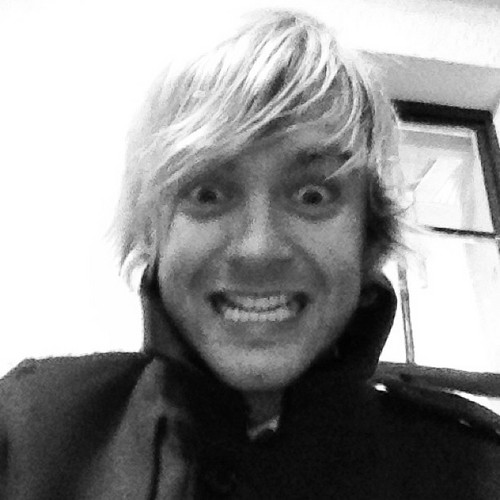 Keith Harkin wolpeyper titled Wedding days!