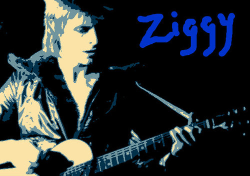 Ziggy Stardust wallpaper with a guitarist and a concert titled Ziggy