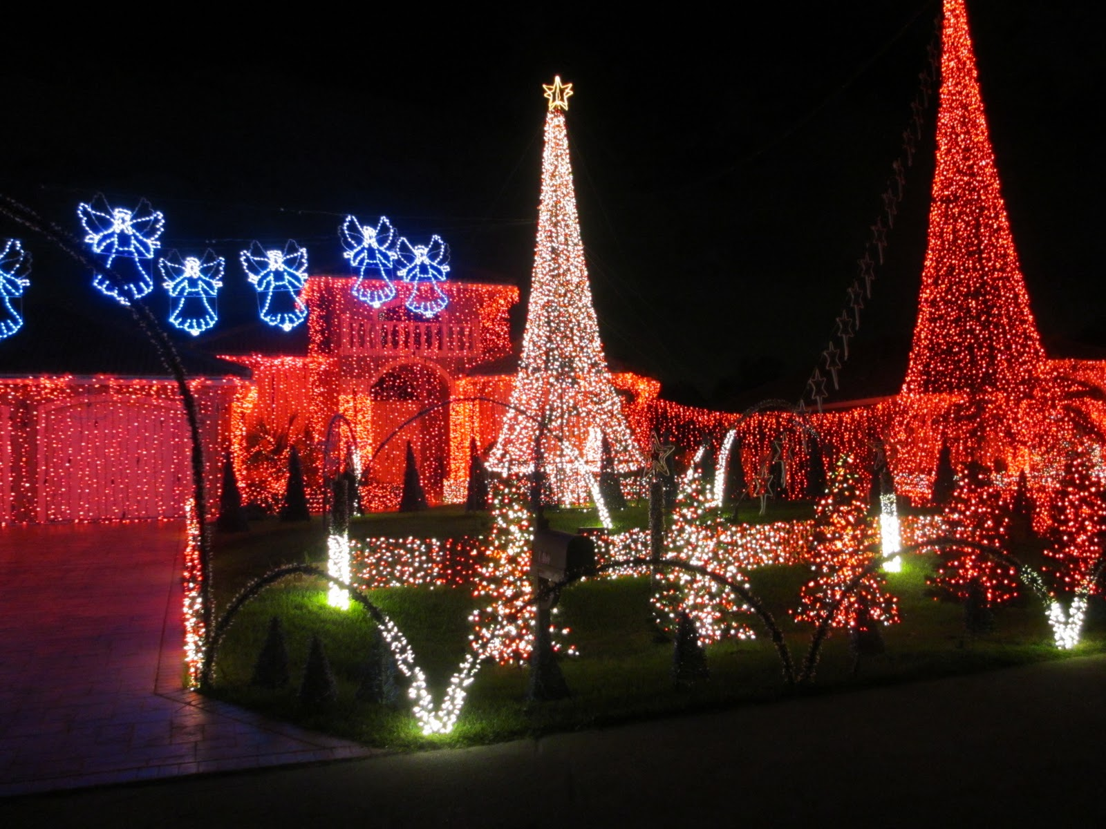 Christmas Lights Beautiful Pictures Photo 33141030