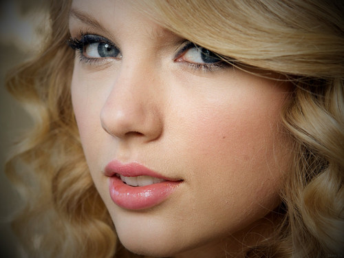 Taylor Swift wallpaper possibly containing a portrait called ggggggggg