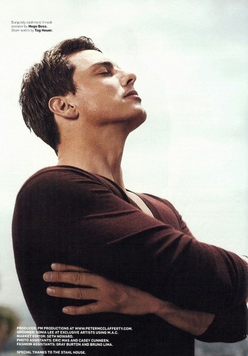 how can one man be sooo beautiful <33