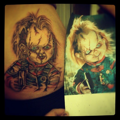this is how much i amor chucky.