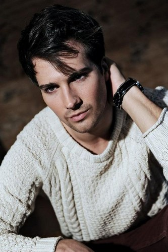 Ingrid's Graceland wallpaper entitled ♥ James Maslow - BTR ♥