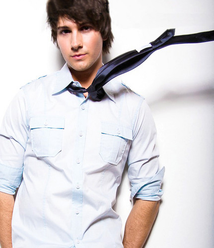 Ingrid's Graceland 壁纸 entitled ♥ James Maslow - BTR ♥