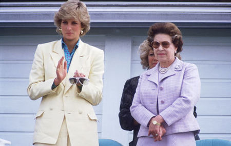 퀸 Elizabeth II and princess diana