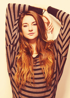 Shailene Woodley fondo de pantalla titled ♡ Shailene..